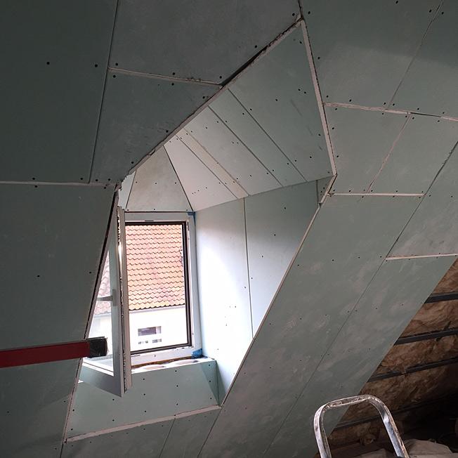trockenbau anleitung dachschr ge untersparrend mmung einbauen aufbau anleitung ausbau mit holz. Black Bedroom Furniture Sets. Home Design Ideas